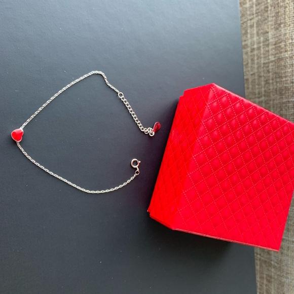 Jewelry - Brand new Hearts 925 silver bracelet